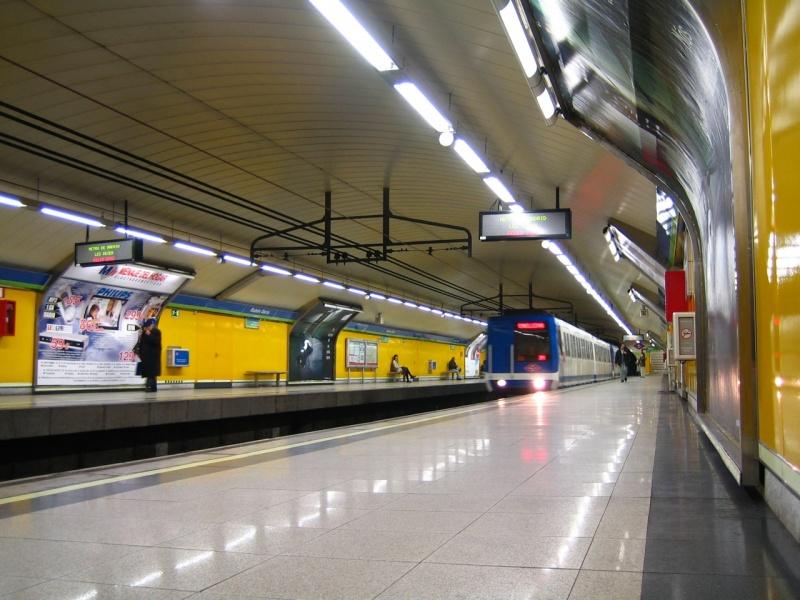 Metro_station